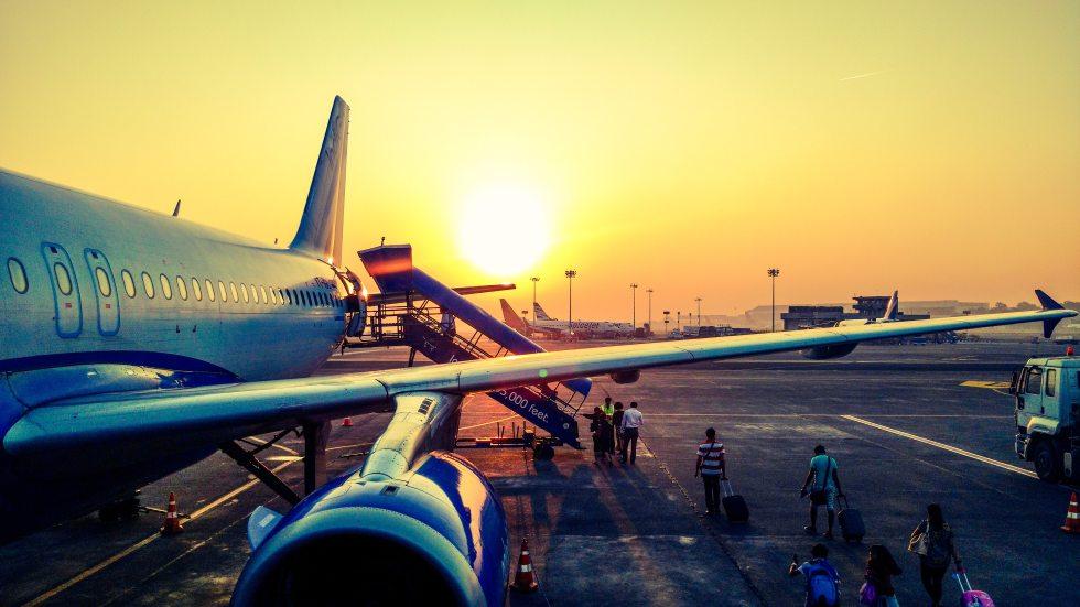 aeroplane-air-air-travel-723240